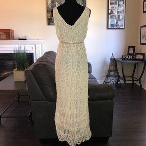 Vintage Dresses - {Carole Little Vintage Wedding}